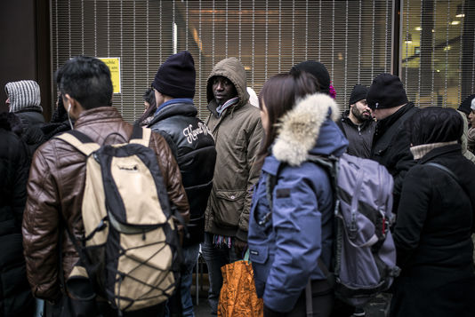 Défenseur des droits report finds discrimination toward foreigners in France