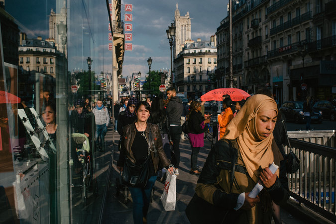French Muslims wearing the veil.